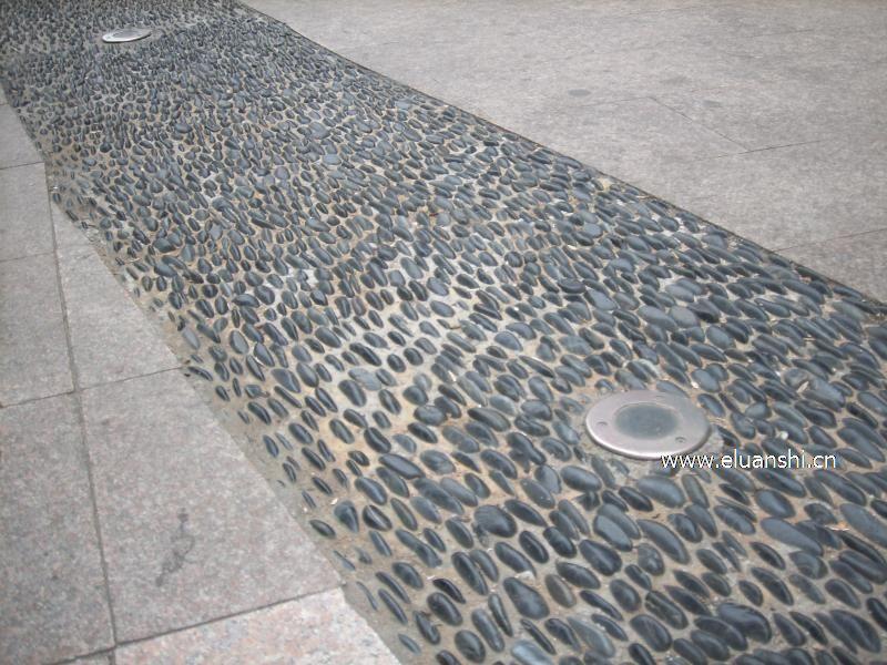 灰色地砖铺装效果图